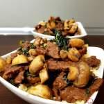 Wołowina stir-fry z imbirem, jarmużem i pieczarkami