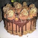 Tort ekstremalnie orzechowy drip cake, a'la ferrero rocher