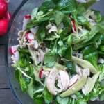 Makaronowa sałatka z rzodkiewki i roszponki
