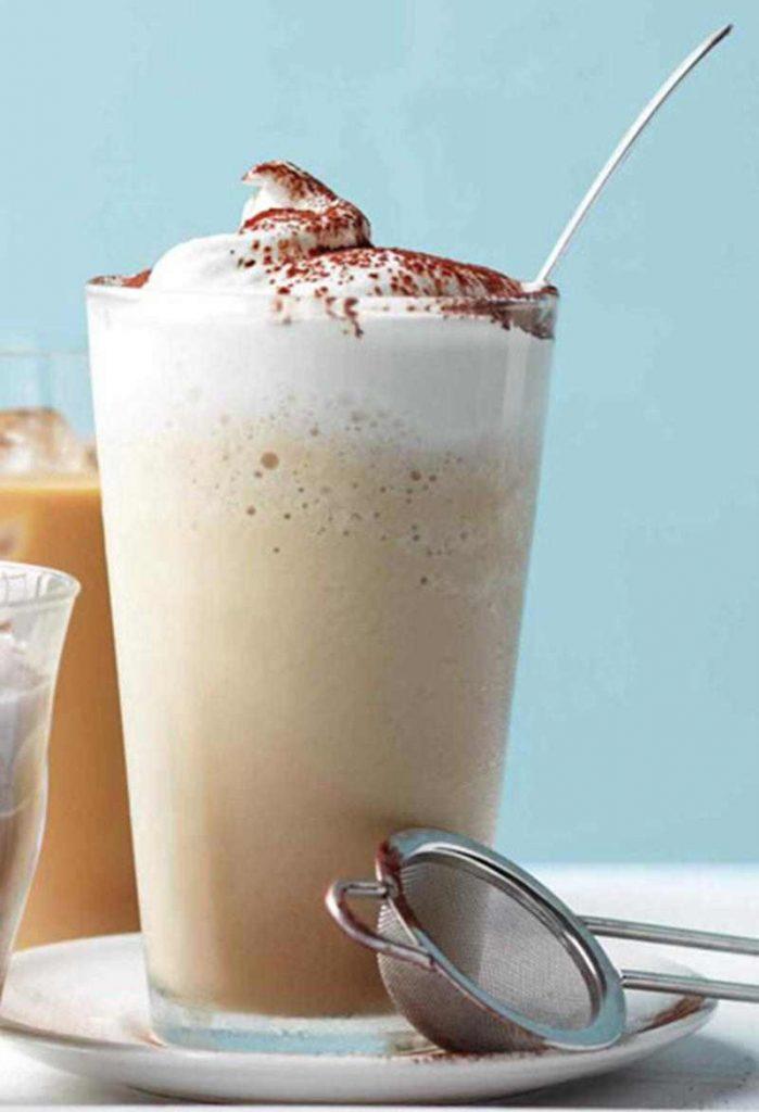 Mrożona kawa – Frappuccino.