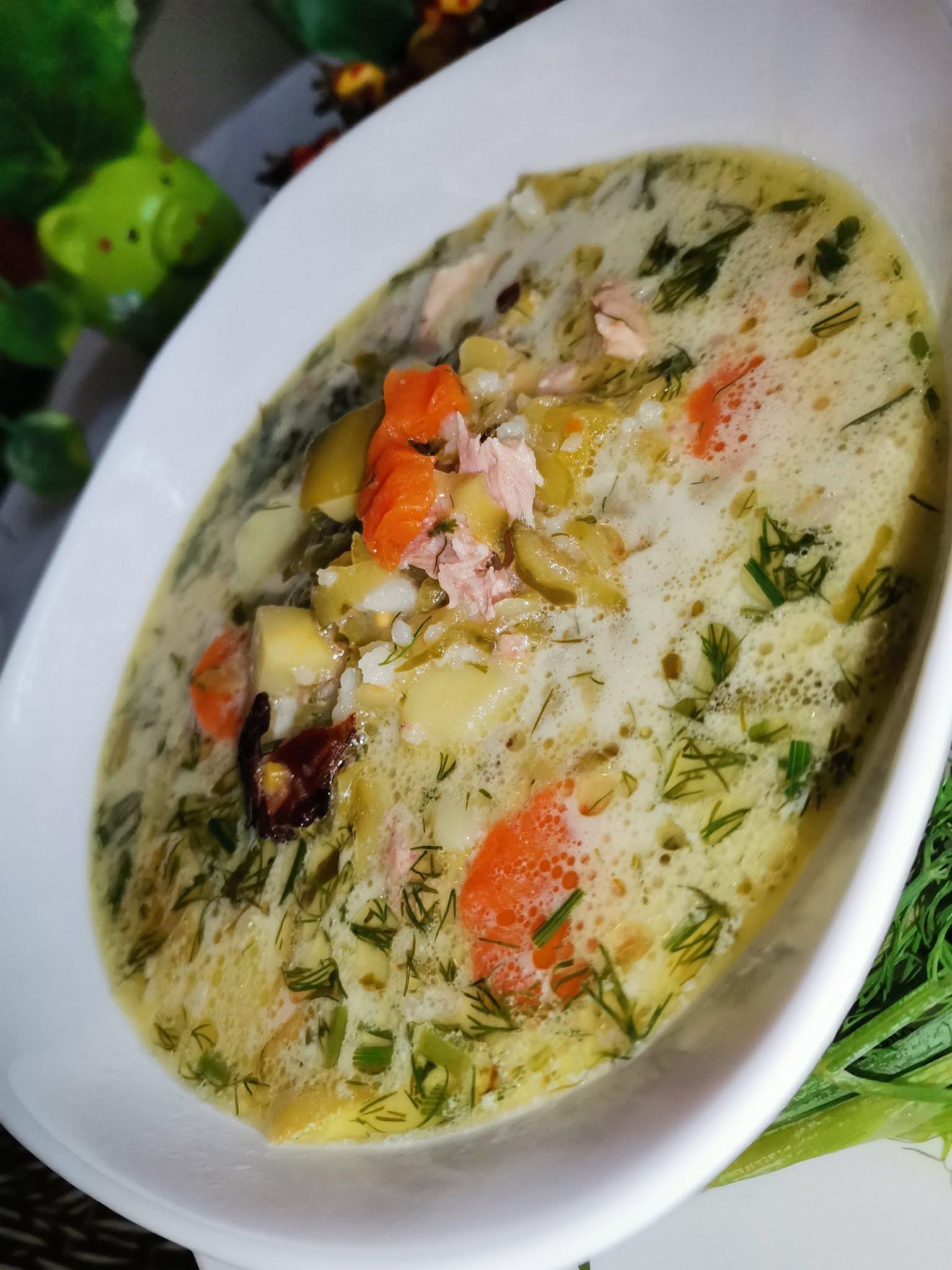 Zupa ogórkowa na wędzonce