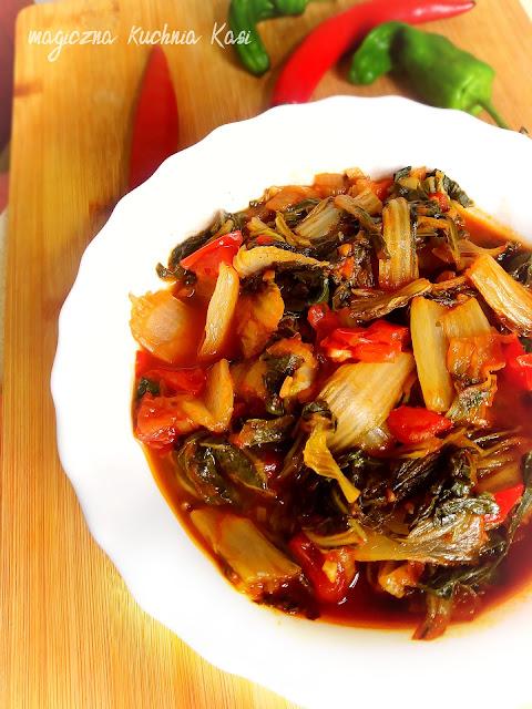 Pak Choi duszone w pomidorach