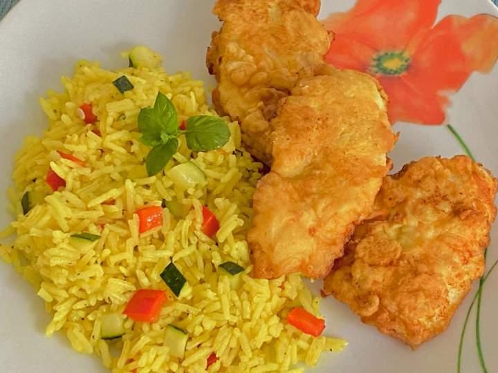 Chrupiące kotleciki curry i risotto z warzywami