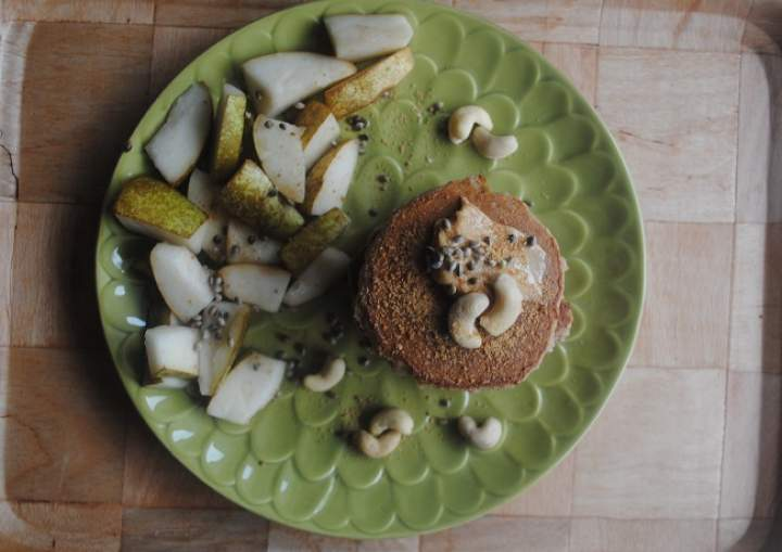 848. Kokosowo- waniliowe placki z pietruszką z gruszka i nerkowcami
