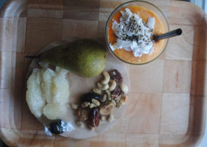 853. Jaglany koktajl: dynia, wanilia, młody kokos