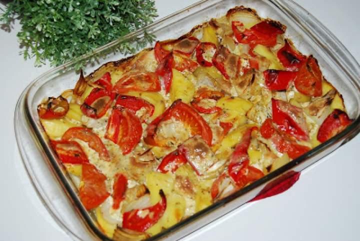 Schab zapiekany z warzywami