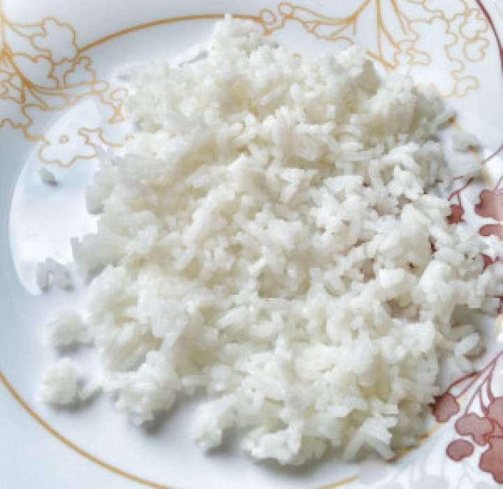 Jak ugotować ryż, aby nie był sklejony i glutowaty.