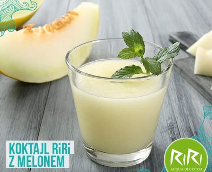 melon + banan + woda kokosowa + sok z pomarańczy