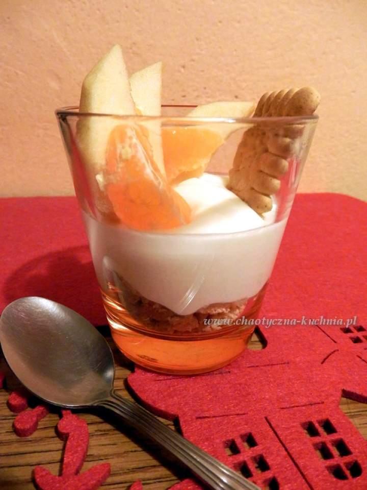 Jogurtowy deser z herbatnikami