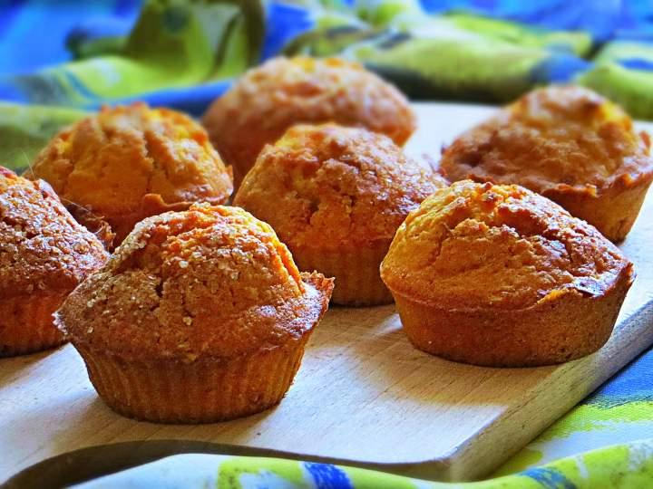Dyniowe muffiny (z nadzieniem jabłkowym)