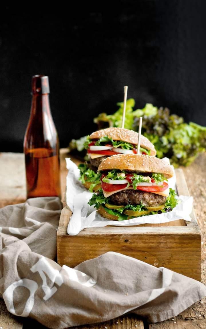 Domowe, wołowe burgery