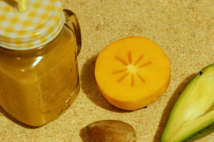 pestka z awokado + awokado + ananas + kakai + banan