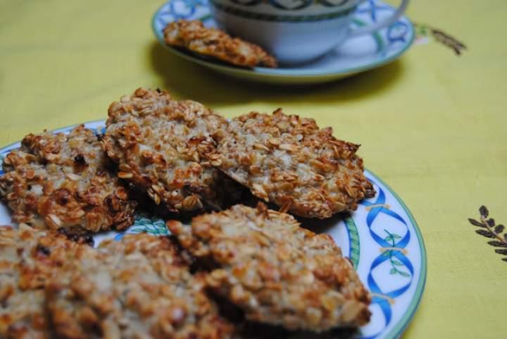 Beztłuszczowe placuszki z serka wiejskiego i płatków owsianych (ciastka z serka wiejskiego i płatków owsianych)