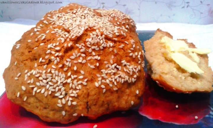 Biscuits, czyli mięciutkie bułeczki z sezamem