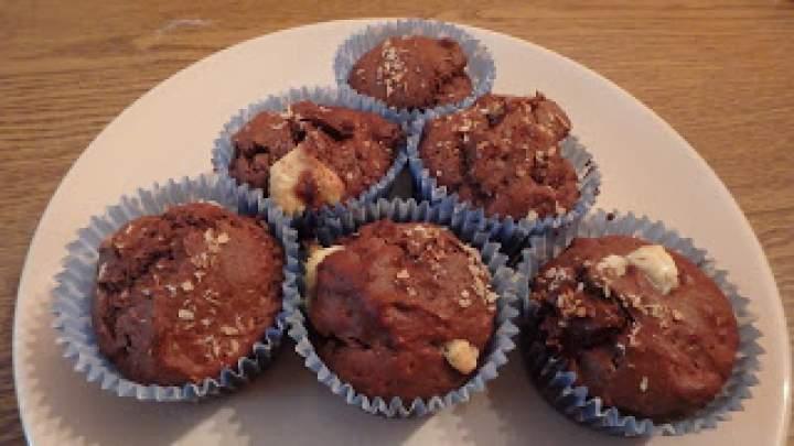 Muffinki kakaowe z dodatkiem mąki kokosowej