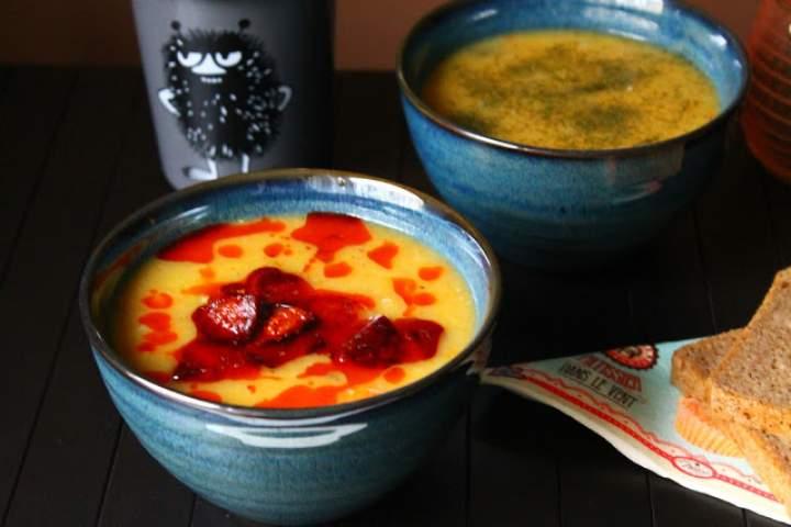 Zupa z pora z chorizo