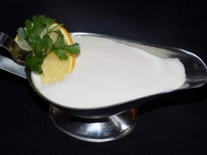 Sos jogurtowo-cytrynowy