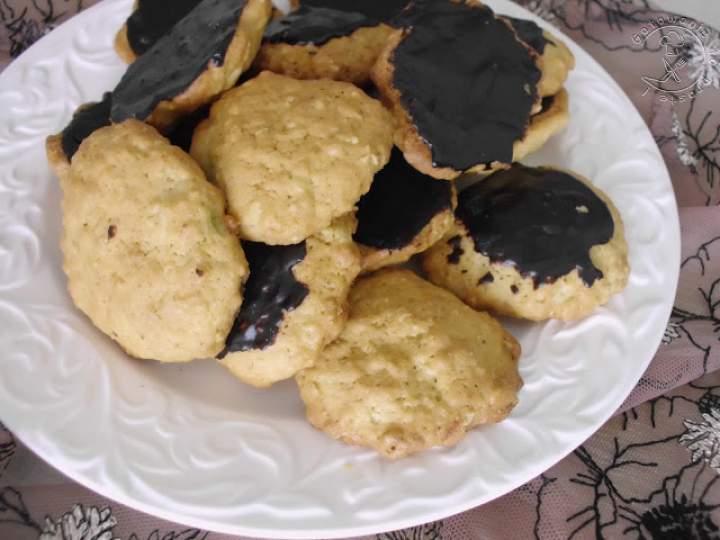 Ciasteczka Owsiano – Imbirowe Oblane Czekoladą