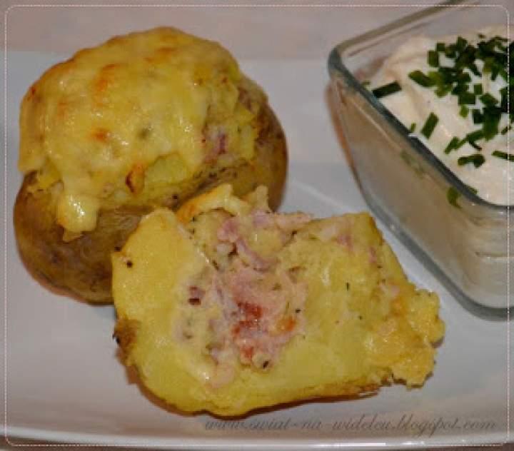 Faszerowany pieczony ziemniak, czyli krakowski kumpir