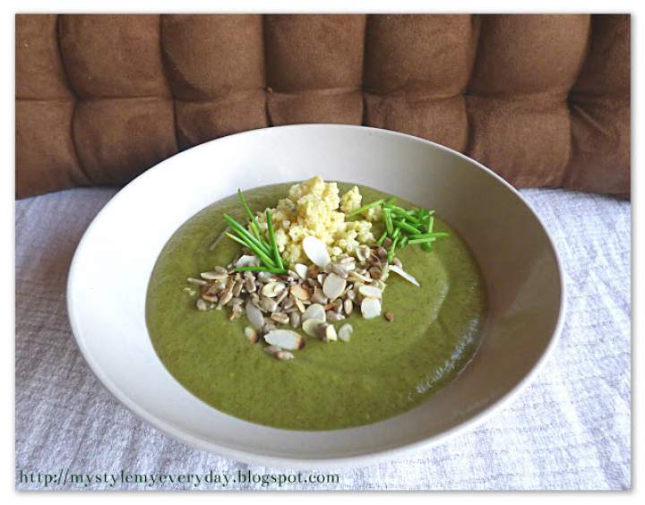 Brokułowy krem z dodatkiem zdrowia – Broccoli soup