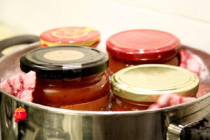Domowa pasteryzacja żywności i słoików