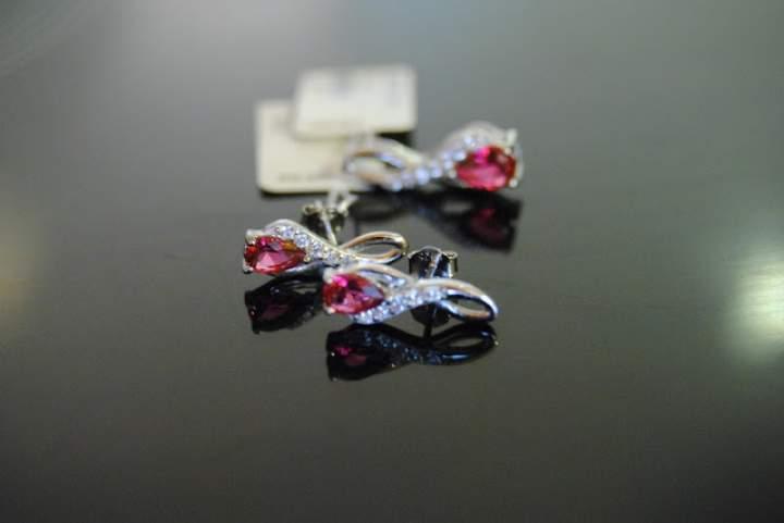 Srebrna biżuteria – propozycja prezentowa dla mamy i córki od Victoria's Biżuteria