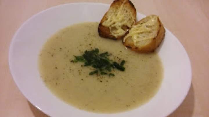 Zupa krem cebulowo-czosnkowa