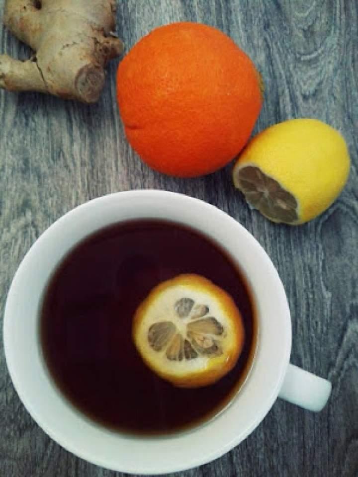 Imbirowa herbata z pomarańczami