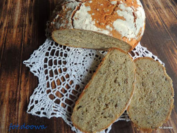 Chleb z ciecierzycy z garnka na drożdżach