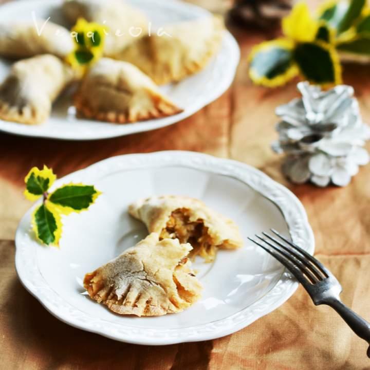 Pieczone pierogi świąteczne, wegańskie i bez glutenu