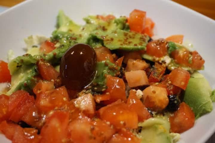 Sałatka awokado z kumkwatem