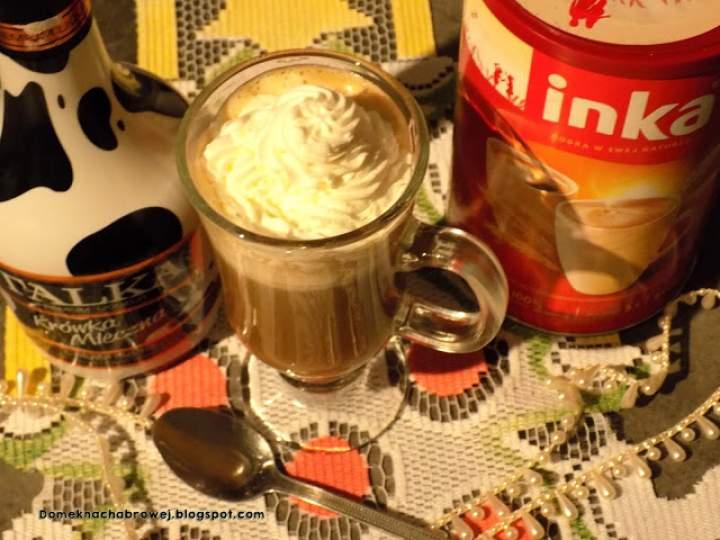 Kawa inka z likierem i bitą śmietanką