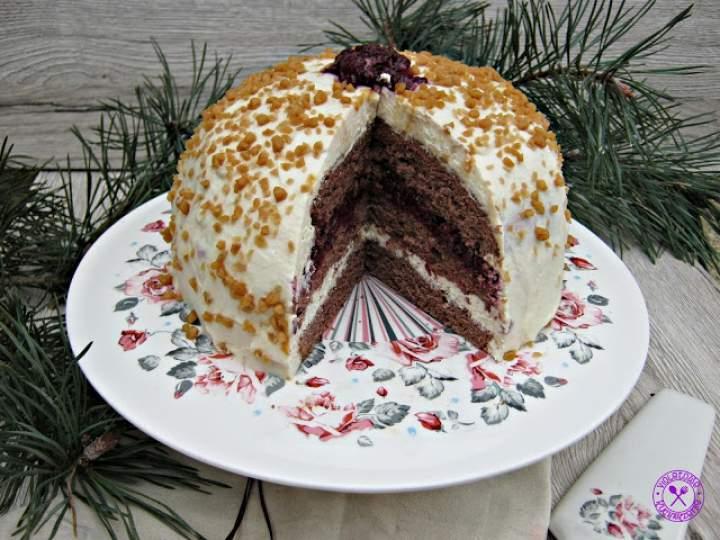 Tort chałwowo – wiśniowy