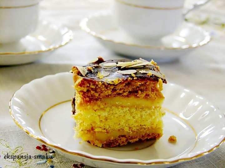 Ciasto miodowe z masą budyniową czyli miodownik