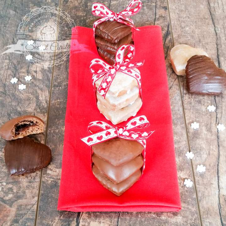 Miękkie, nadziewane pierniczki w czekoladzie