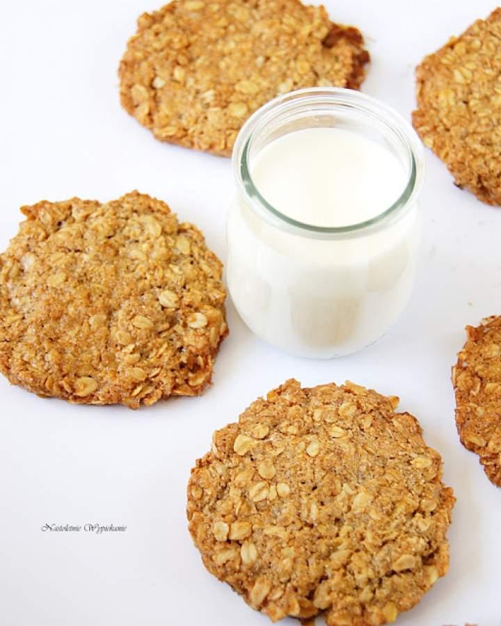 Ciastka owsiano-karmelowe