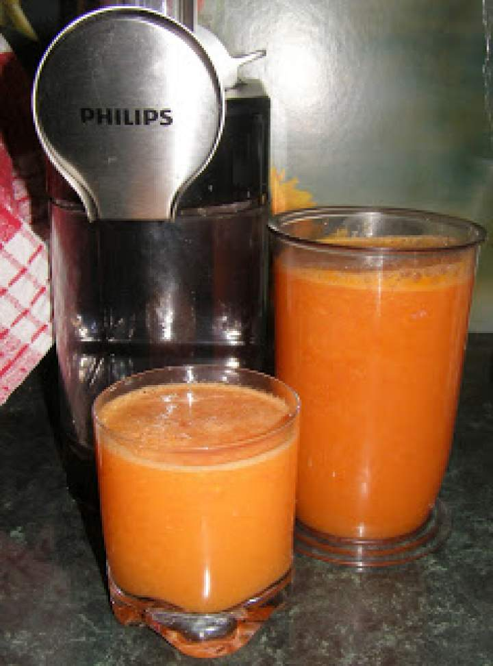 zdrowy,smaczny,witaminowy sok wieloowocowy…