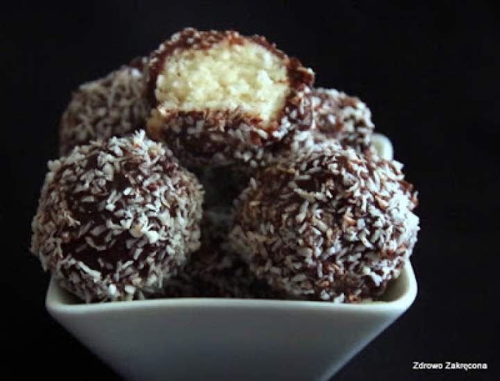 Kulki bounty z młodego kokosa