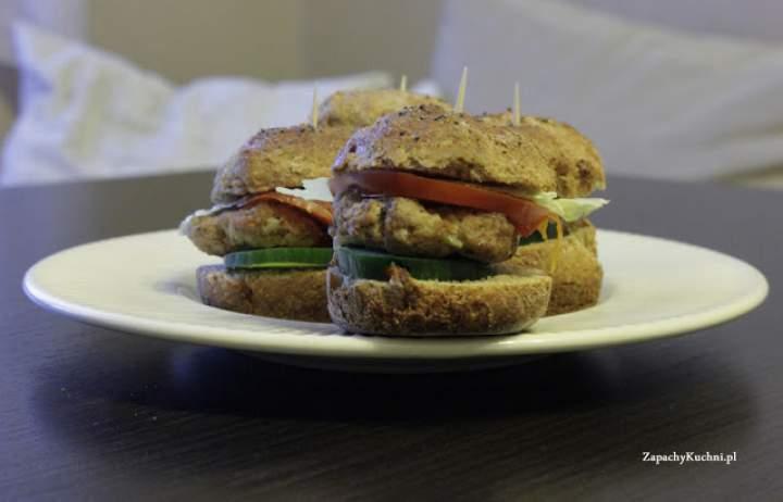 Mini burgery z mąki pełnoziarnistej- FIT