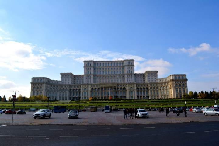Bukareszt na weekend. 5 rzeczy, które powinieneś zobaczyć w stolicy Rumunii