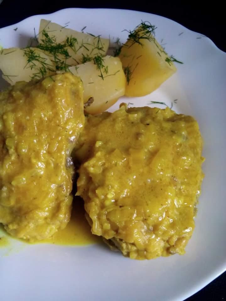 Udźce z kurczaka w sosie curry