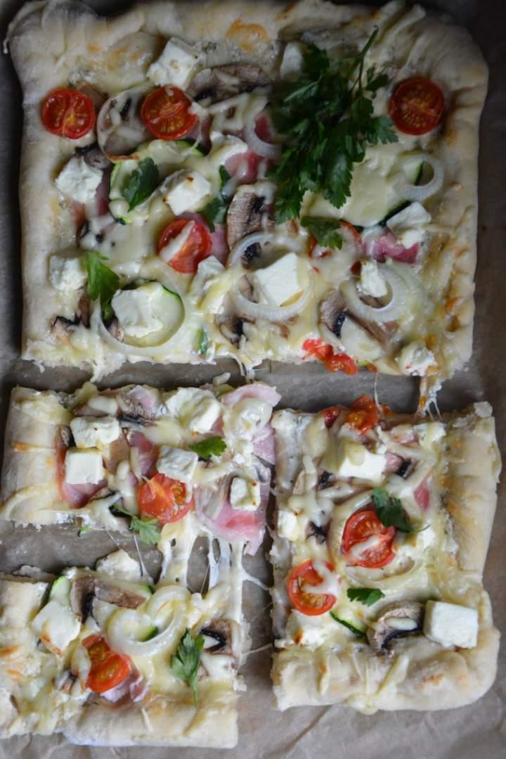 Pizza gospodarza
