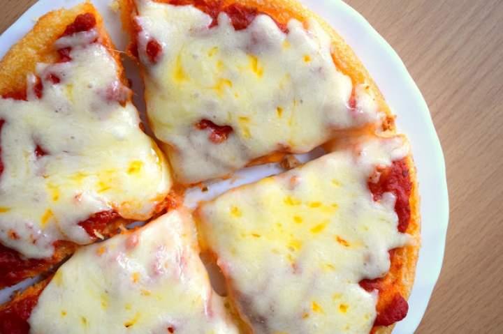 Bezglutenowa pizza w 15 minut – tylko 3 składniki :)