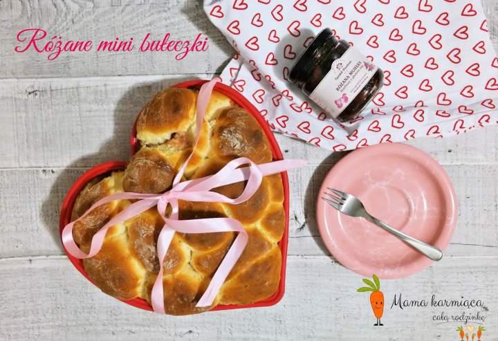 Różane mini bułeczki