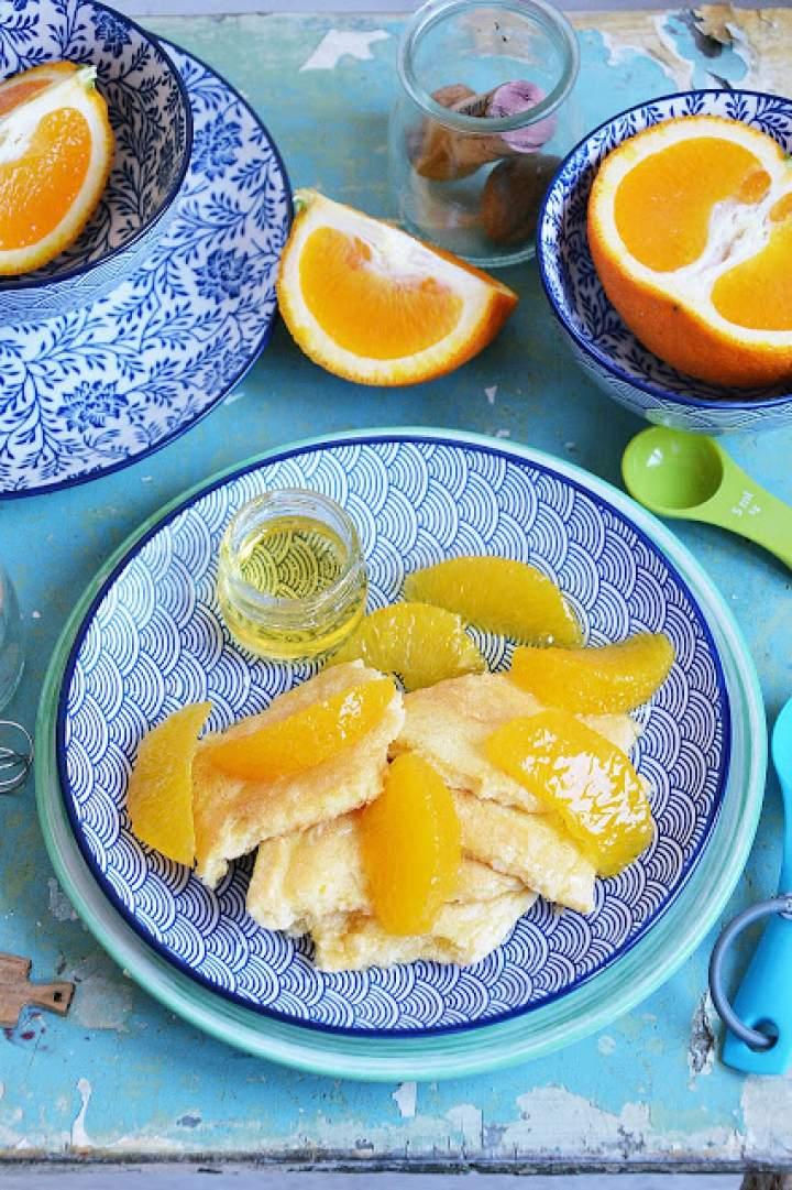 Omlet biszkoptowy z pomarańczą i miodem