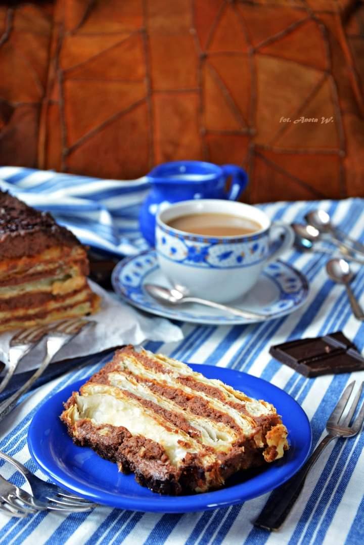 Francuski torcik z kremem wafelkowym