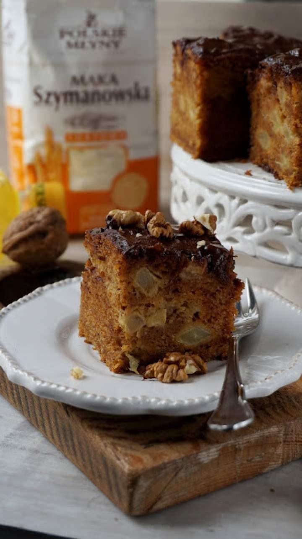 Ciasto marchewkowe z jabłkiem i cynamonem