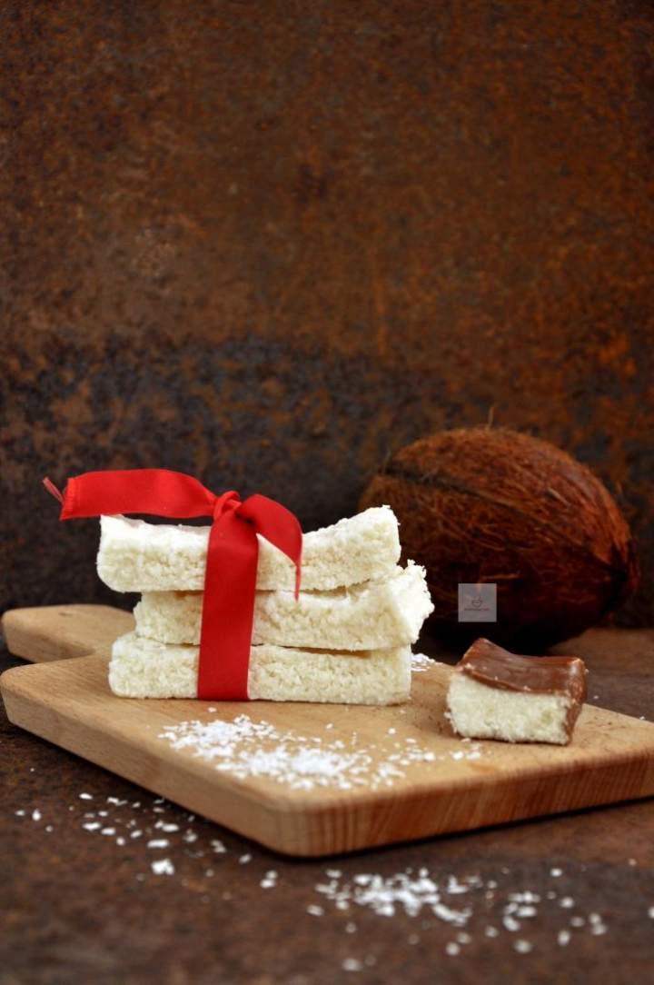Batony kokosowe (wegańskie- bez mleka, jajek i glutenu)