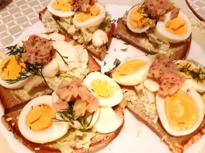 Kanapeczki jajeczno tuńczykowe