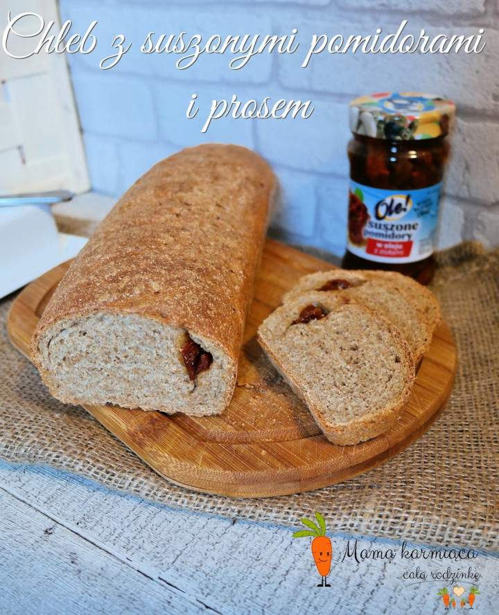 Chleb z suszonymi pomidorami i prosem